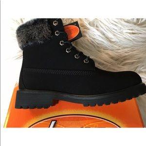 Lugz Women's Black Convoy Fur Boots Size 9 New